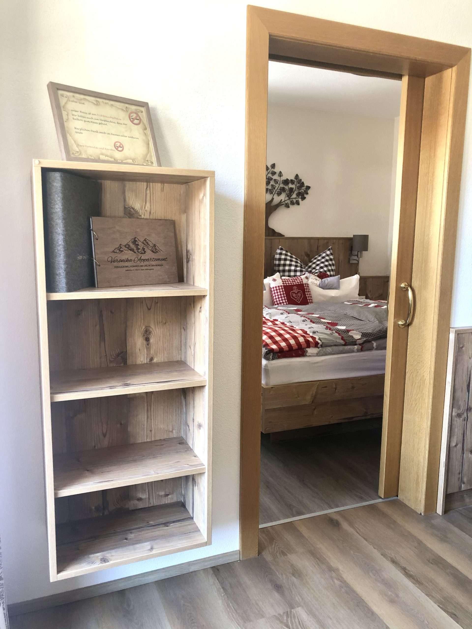 Blick ins Schlafzimmer Hochgall